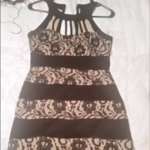 Dresses & Skirts - Black and brown flower dress size 5